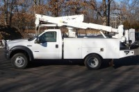 #8025 2007 FORD F550 SUPERDUTY 4X4; ALTEC BUCKET MODEL AT37G